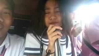 Watch niyo po ang galing kumanta at nakakatuwa sa kanyang pagkanta.Hahaha!