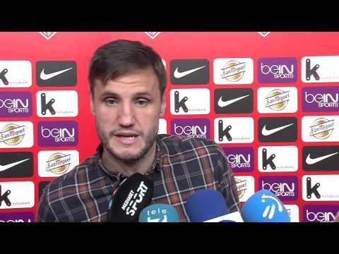 Mikel Balenziaga, Carlos Gurpegui y Óscar de Marcos tras Athletic 2 - Las Palmas 2