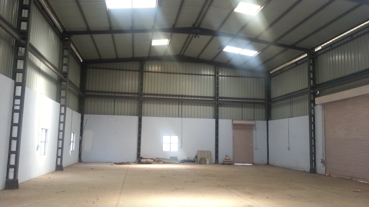 5000 sq ft warehouse at for How big is 2500 square feet