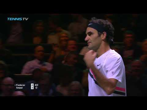 """Astonishing"" Roger Federer flick shot 