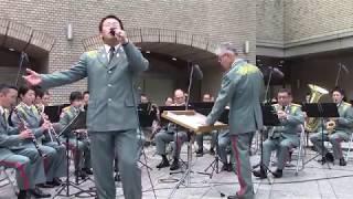 2018年5月に赤坂で行われた陸上自衛隊東部方面音楽隊によるランチタイム...