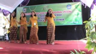 Juara 1 Vokal Grup SMPN 2 Demak FLS2N 2015 tk. Kabupaten Demak, Jawa Tengah