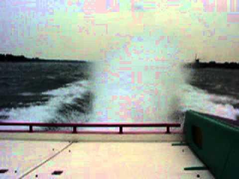 Offshore 46 Cougar triple blown 572s on the Saint Claire River