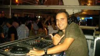 Ilario Alicante - Vacaciones En Chile [Massivedrum Remix]