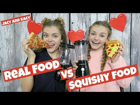 Real Food vs Squishy Food ~ Valentine Smoothie Challenge ~ Jacy and Kacy