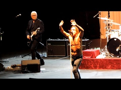 Iggy Pop Tour 2016 - Montevideo, Uruguay - Teatro de Verano -  Inicio del Show