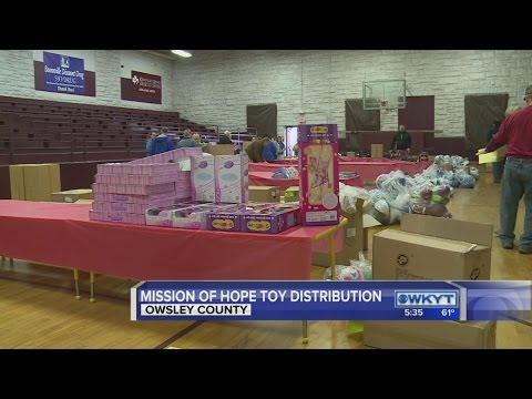 Mission of Hope delivers early Christmas to hundreds in Owsley County