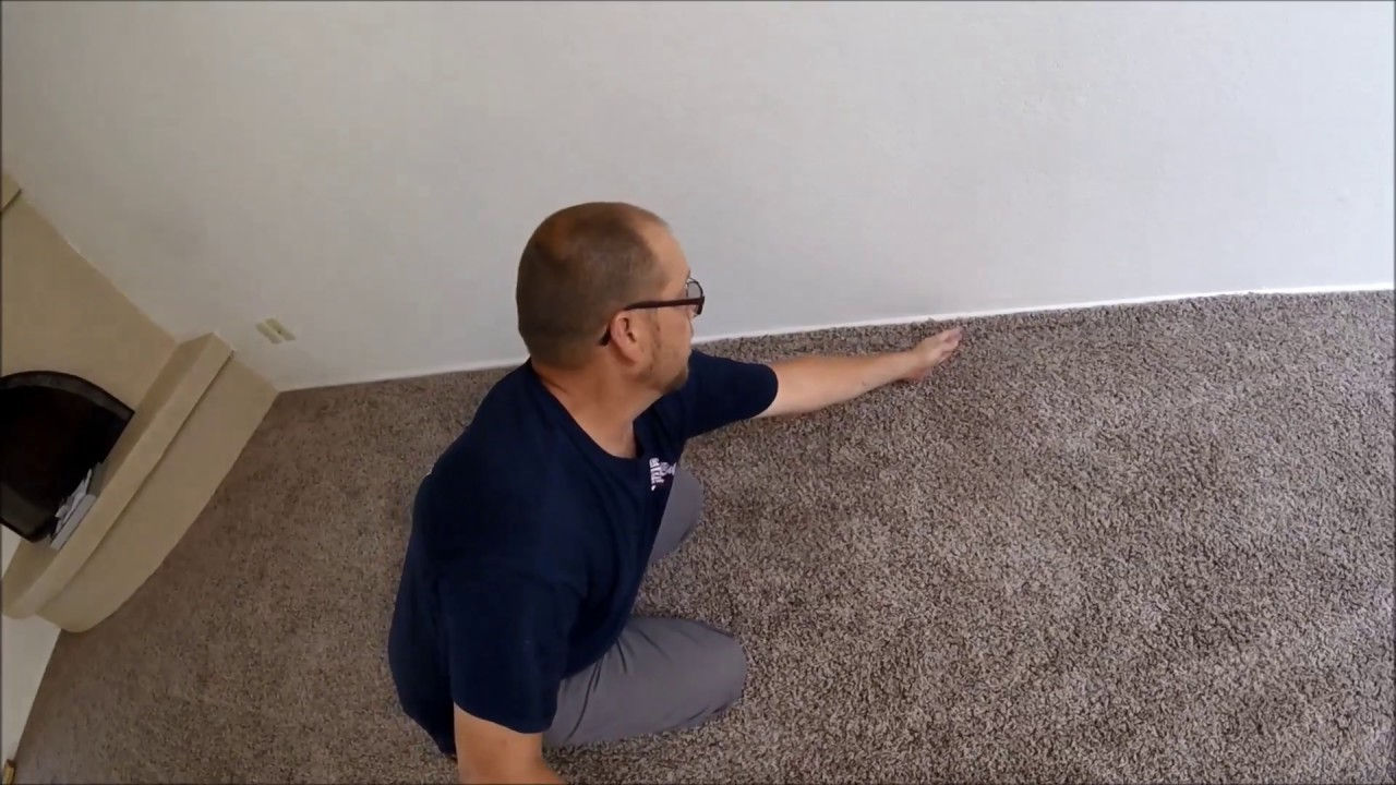 HOW TO RESTRETCH CARPET - YouTube