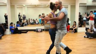Видео: Shani & Ivo - Kizomba Demo in New York - July 13 - 14, 2013 - Creole Events Production