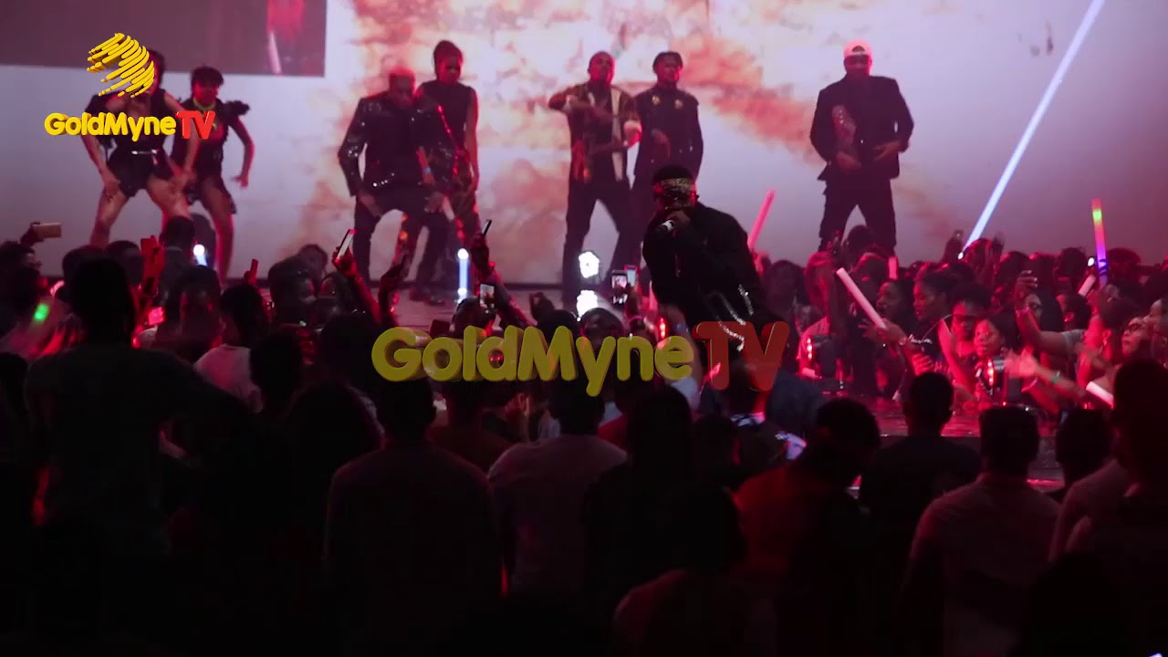 Download FALZ AND DAVIDO'S PERFORMANCE AT 'THE FALZ EXPERIENCE' CONCERT