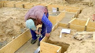 Bau des Einfamilienhauses  Teil 2, Schalung Fundament