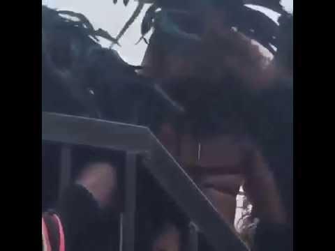 Rihanna twerks at Barbados Crop Over Festival 2015 !