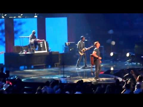 """Dierks Bentley """"I Hold On"""" iHeart Country Festival Austin TX 05.02.15"""