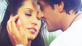 Song from bangla movie agneepath (2005) starring : inder kumar, laboni sarkar, ranjit mallick, santu mukhopadhyay, biplab chatterjee, dulal lahiri, mrinal mu...