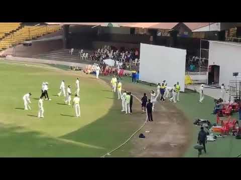 Cheater, cheater Pujara cheater - Karnataka fans chant Mp3