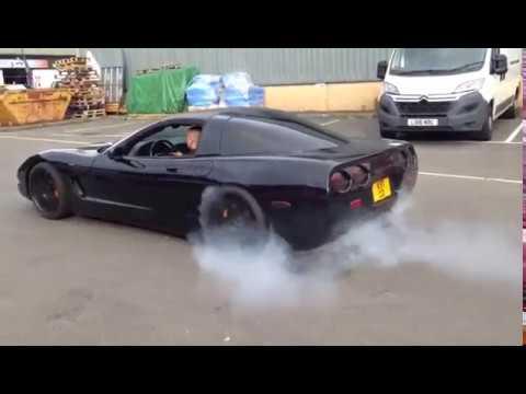 Corvette C5 rolling burnout
