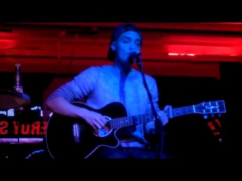 LEROY SANCHEZ - When we were young (by Adele) LIVE @Moondance MADRID Jan. 09, 2016