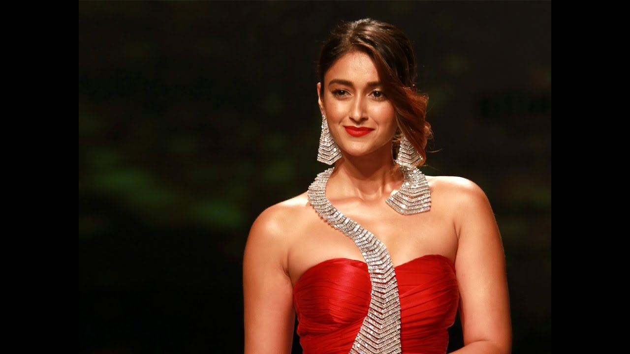 ileana d'cruz glamorous looks hd video wallpapers - youtube