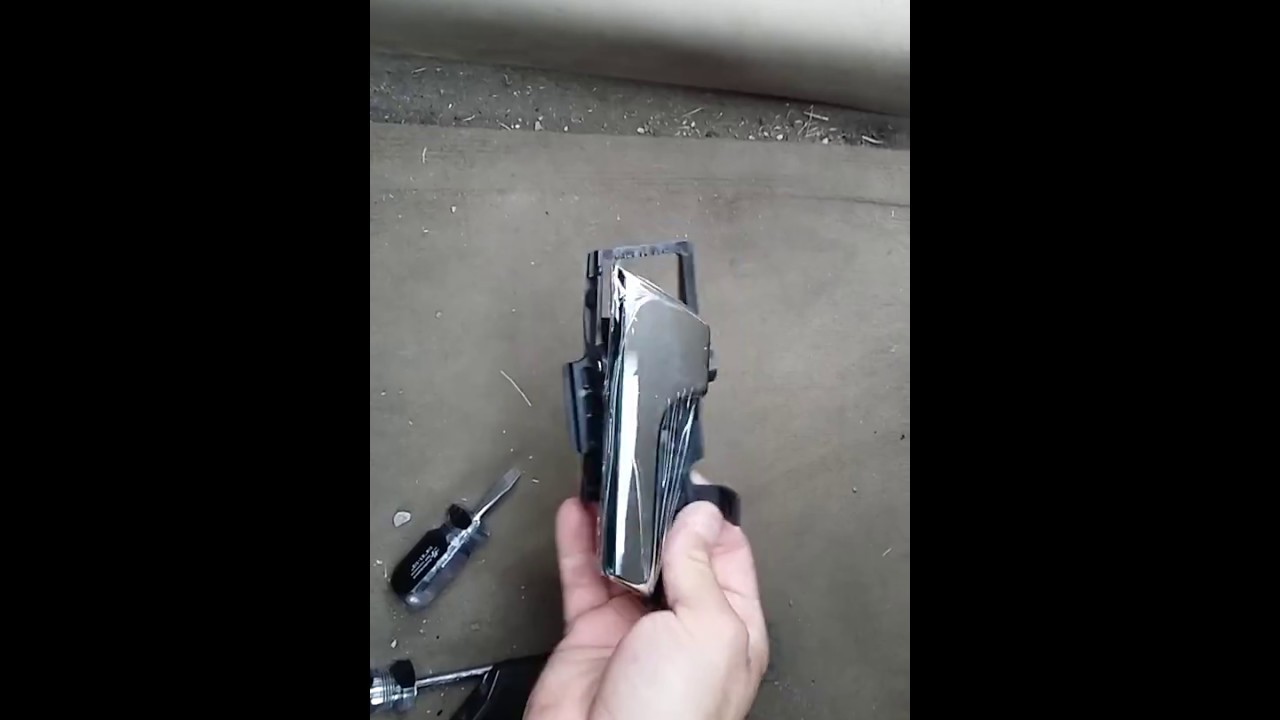 How To Replace Chevy Aveo Door Handle Youtube