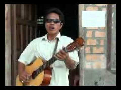 teMbang gitar tunggaL Khas sumatra selatan.......!!!!!!!.mp4