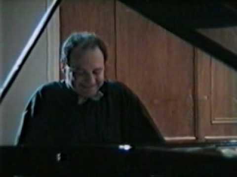 Igor Kamenz plays Liszt, Sonata in b minor (4/4)