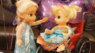 Video BABY ALIVE Surprise Frozen Birthday Party For ERIN! download MP3, 3GP, MP4, WEBM, AVI, FLV Desember 2017