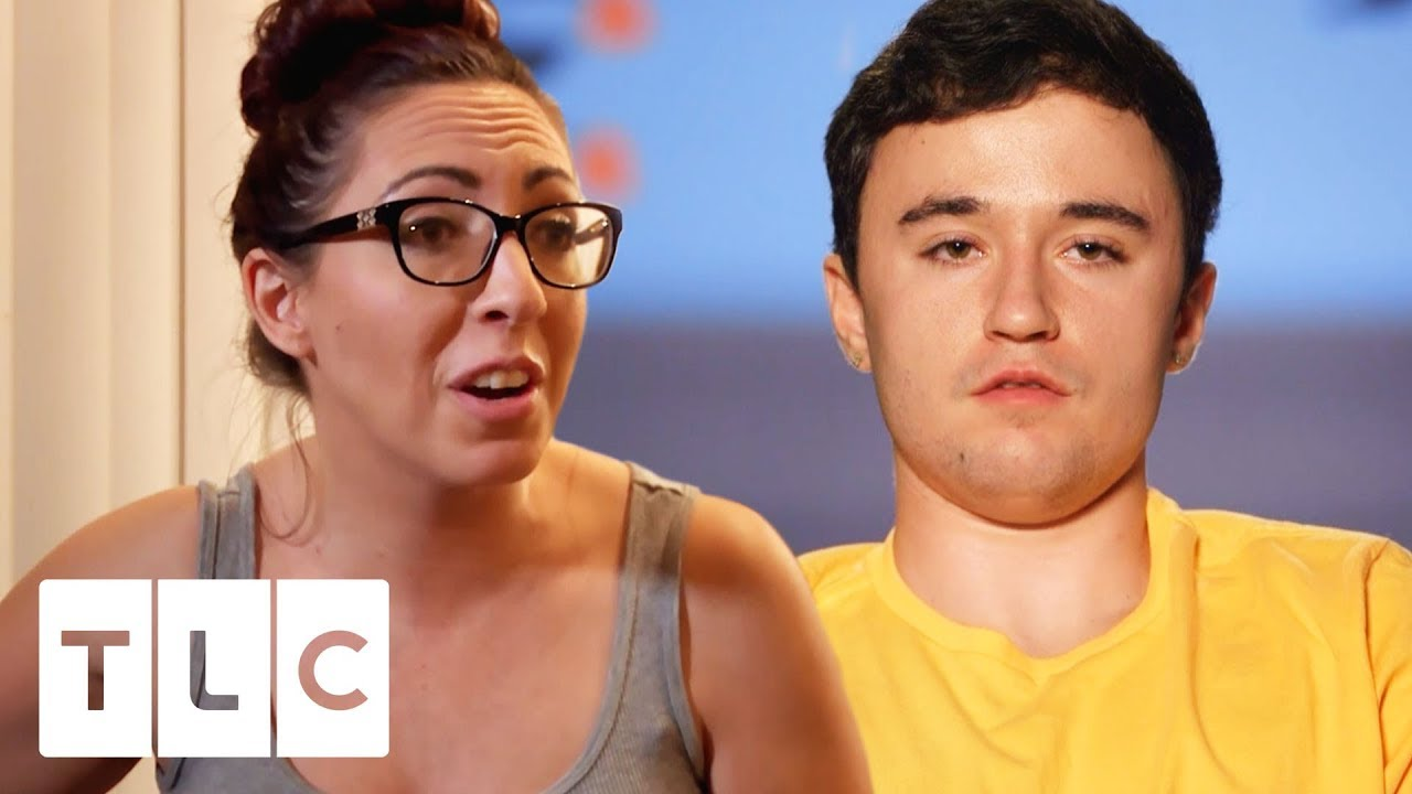 Chloe's Mum Doesn't Want Max At The Baby Shower!?   Unexpected