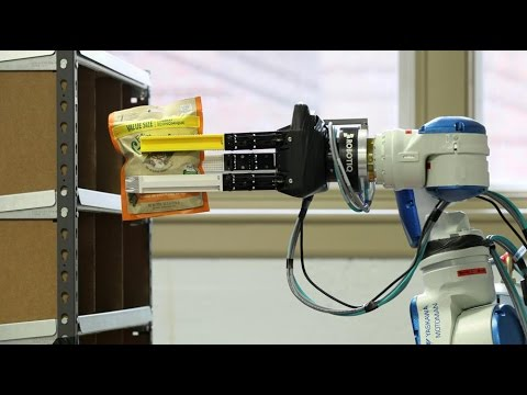 Automated sorting, students build warehouse robot