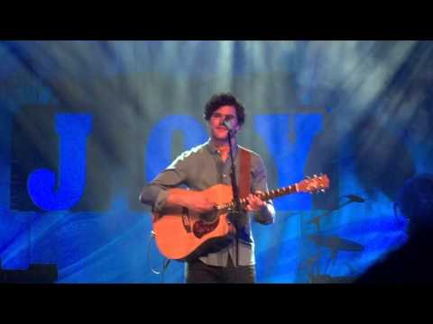 Vance Joy Straight Into Your Arms