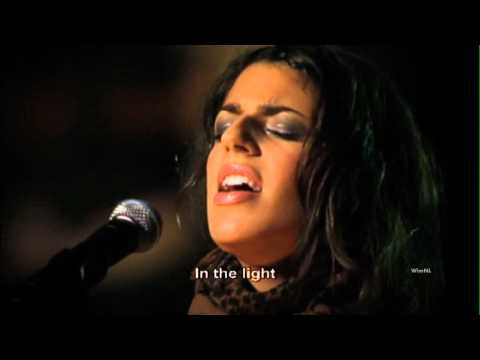 Turn Your Eyes Upon Jesus - Hillsong (Lyrics & Subtitles)