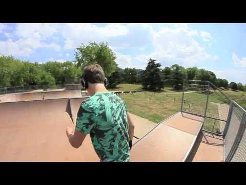 Louis Carlotti -  Roller freestyle Session 2011