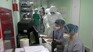 За последние сутки в России заразились коронавирусом 4268 человек.