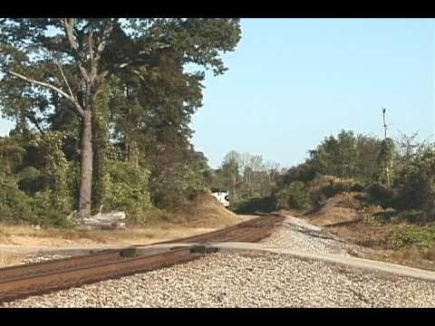 NS Executive F9A #4271 leads NS #951 at Lynn, Alabama - 10/6/10