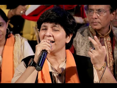Falguni Pathak At Bahulnath - Garba, Dakla, Dummer & Dhamal 2016