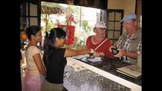 Lighthouse Restaurant & Bicycle Tours is now Green Apple Hoi An. The remove filmed!