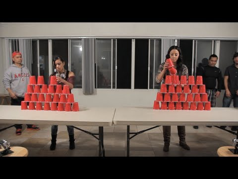 minute-to-win-it:-stack-attack-(head-to-head)