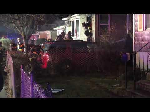 4 firefighters injured in fatal Staten Island fire
