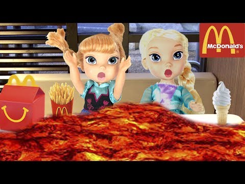 FROZEN Elsa McDonalds + The Floor is Lava + Pool Party - Come Play FROZEN Toddler Dolls Compilation