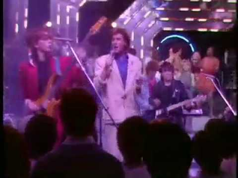 Duran Duran - Hungry Like The Wolf (Top Of The Pops Live Performance)