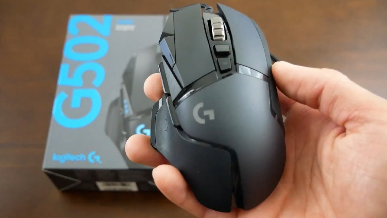 a9df517a24a Unboxing the New 2018 Logitech G502 Hero and Comparison to G502 ...