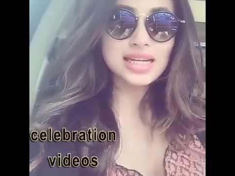 mouni roy selfie video