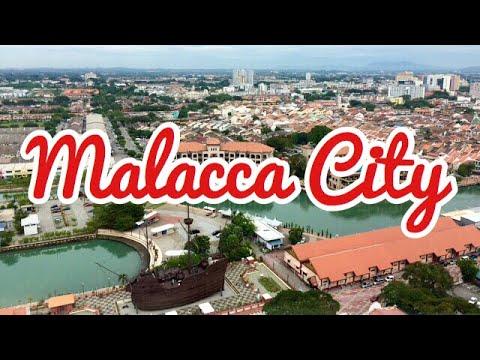Taming Sari Tower & The Malacca Sultanate Palace Museum   Malacca (Melaka), Malaysia