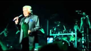Michel Sardou, Les Lacs du Connemara - Genève Arena 19.02.11
