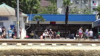 Лазаревское жд. вокзал центр 7 километрового пляжа 4К(полный экран)