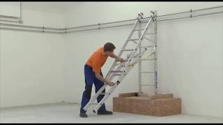 Zarges трехсекционная лестница Z500 на лестничном марше