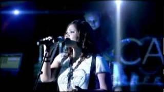 Tienes Que Creer [Live] Mónica