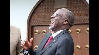 """""""Kulala katikati kuna faida yake, siyo katikati nmayoichekelea ninyi"""" Rais Magufuli"""