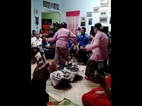 Tradisi Ngoncong dirihk bansa salako