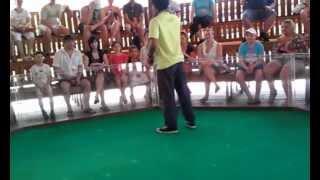 Выступление на Змеиной ферме в Тайланде.3gp(Выступление тайцев со змеями, кобрами и потом с удавом., 2012-04-19T16:09:32.000Z)