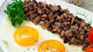 Яичница с грибами и картошкой